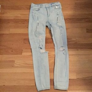 Garage Light Wash Distressed Skinny Jeans 05